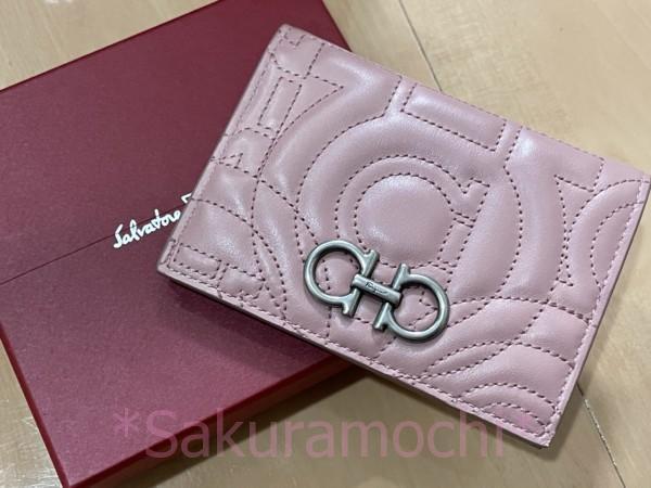 フェラガモのカード財布(りんくうプレミアムアウトレット)